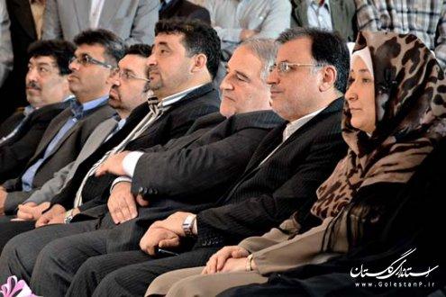 گزارش تصویری آیین تودیع ومعارفه اولین فرماندار زن در شمال کشور