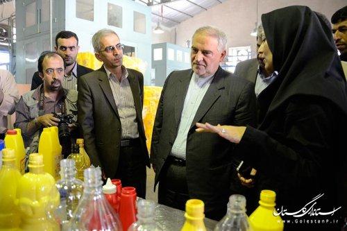 بازدید استاندار گلستان و نماینده مردم غرب استان از واحدهای تولیدی شهرستان کردکوی