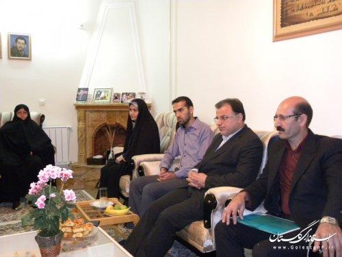دیدار معاون استاندار با خانواده های شهیدان جلالی و حاجی میرقاسمی