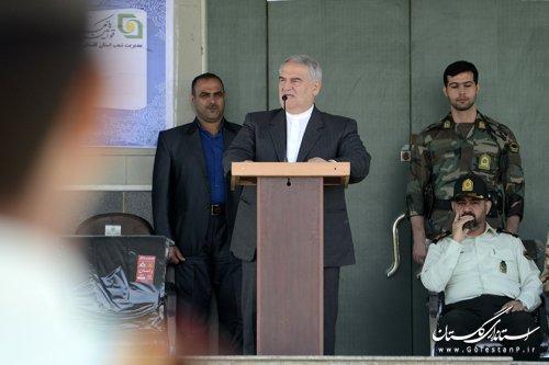حضور استاندار گلستان در مراسم صبحگاه نیروی انتظامی استان