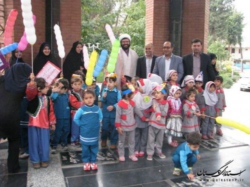 حضور فرماندار شهرستان علی آباد کتول در جشن روز جهانی کودک