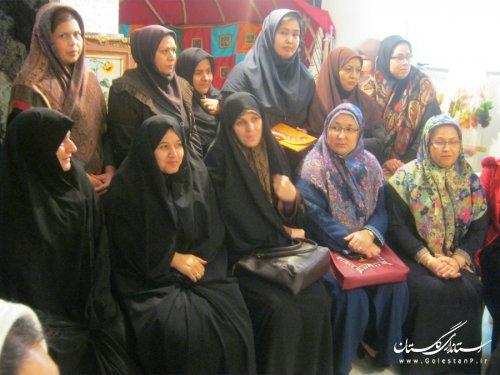 معاون رییس جمهور با ذینفعان خوشه فرش دستباف استان گلستان در بندرترکن دیدار کرد