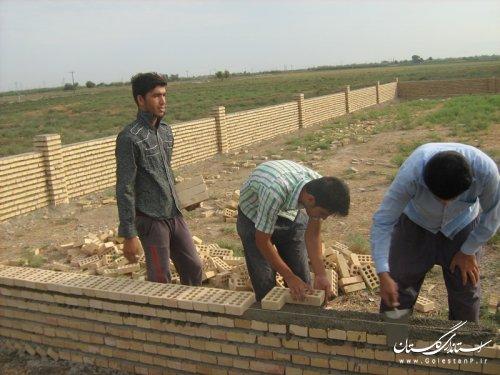 اتمام دیوار کشی پارک کودک روستای قورچای شهرستان آزادشهر