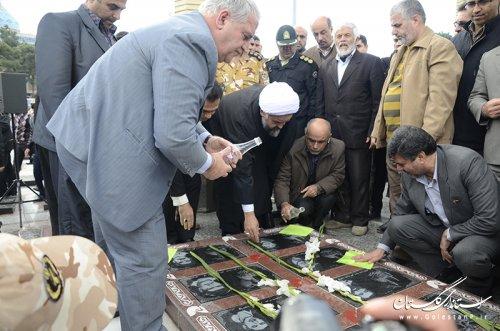 حضور استاندار گلستان در مراسم غبارروبی شهدای گمنام
