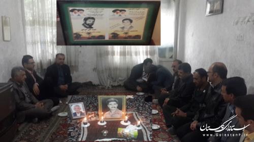 دیدار اعضای ستاد گرامیداشت هفته کار و کارگراز خانواده شهدای کارگری گلستان