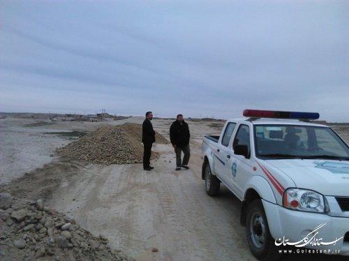 بازدید فرماندار مراوه تپه از جاده در حال احداث روستای مرزی چایلی