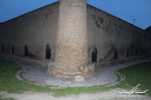 بازدید فرماندار از مسجد و مدرسه تاریخی سید قلیج ایشان روستای کریم ایشان