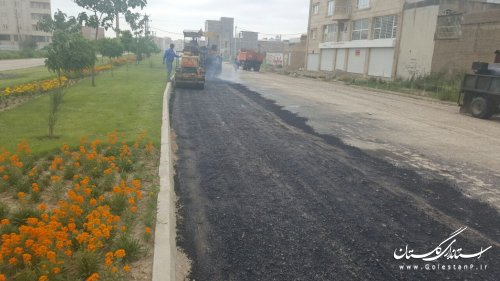 آغاز عملیات آسفالت بلوار پروین اعتصامی شهر گنبد کاووس