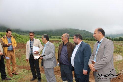 بازدید فرماندار از سد کوچک مخزنی روستای فاضل آباد شهرستان آزادشهر