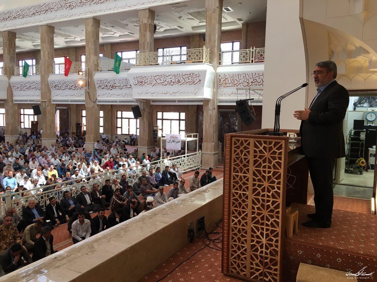 وزیر کشور در سخنرانی پیش از خطبههای نماز جمعه گرگان:همه اراده دولت در بهبود اوضاع اقتصادی است