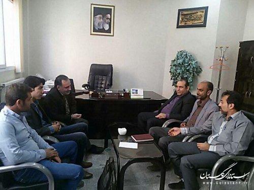 تشکر سرپرست بخشداری مرکزی آزادشهر از دهیاران در ثبت نام اینترنتی
