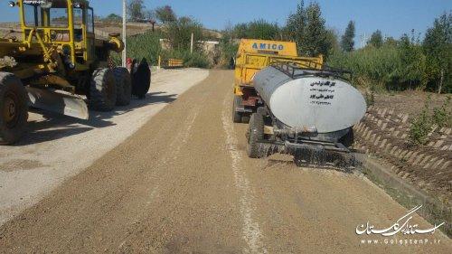 تسطیح و زیر سازی معابر روستای عرب بوران گالیکش جهت آسفالت
