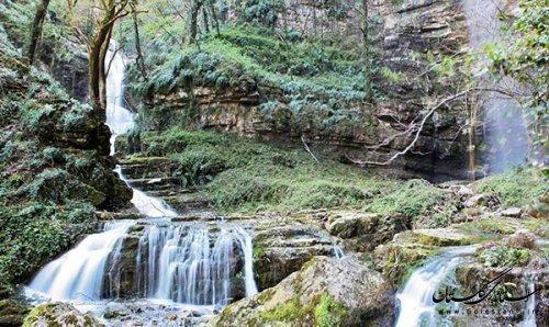 ثبت مجموعه آبشارهای اوتره شفیع آباد فندرسک در فهرست آثار ملی طبیعی کشور