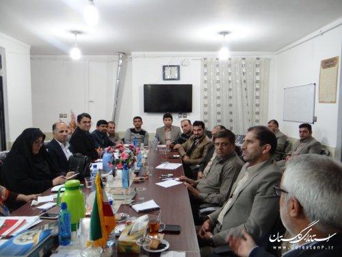 نشست صمیمی اعضای شورای اسلامی شهر با شهردار و کارشناسان دوائر شهرداری