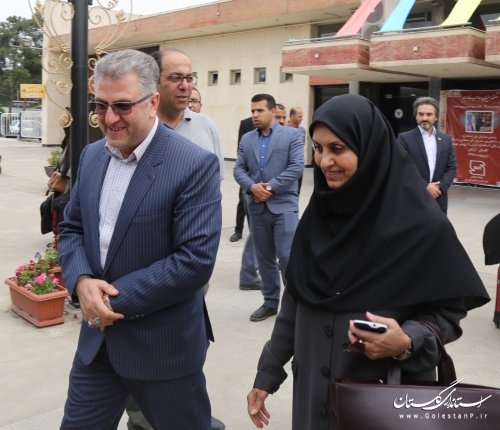 معاون رئیس جمهور و رئیس سازمان ملی استاندارد ایران از ایستگاه راه آهن گرگان عازم تهران گردید