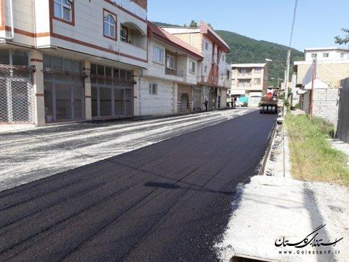 اجرای آسفالت معابر شهر رامیان