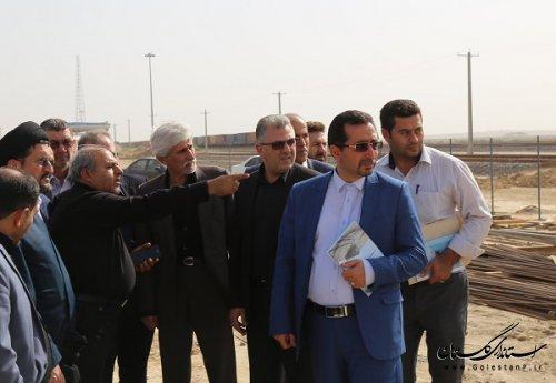 بازدید دادستان مرکز استان ومعاونین استاندار از ایستگاه راه آهن اینچه برون