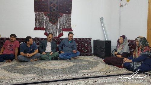 نشست صمیمی شهردار و رئیس شورای شهر مراوه تپه با اهالی کوچه فرهنگ 5