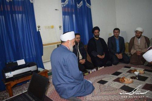 دیدار مدیر زندان گنبد با امام جمعه اهل سنت شهر نگین شهر در هفته وحدت اسلامی