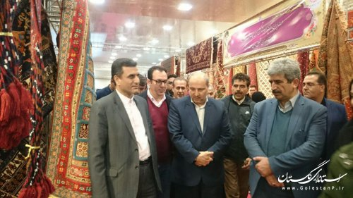 بازدید استاندار گلستان از دومین نمایشگاه تخصصی فرش دستباف استان