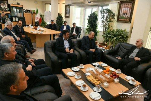 وزیر اقتصاد و دارایی وارد گلستان شد