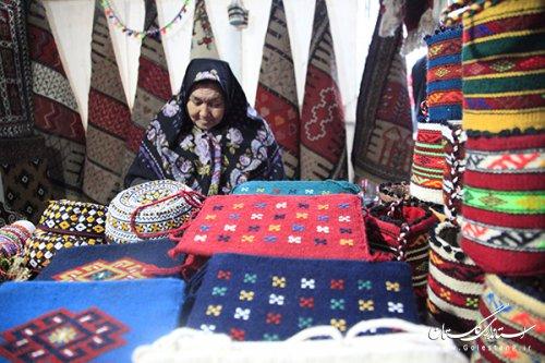در ایام دهه مبارک فجر 23 بازارچه موقت و نمایشگاه صنایع دستی در سطح گلستان برگزار شد