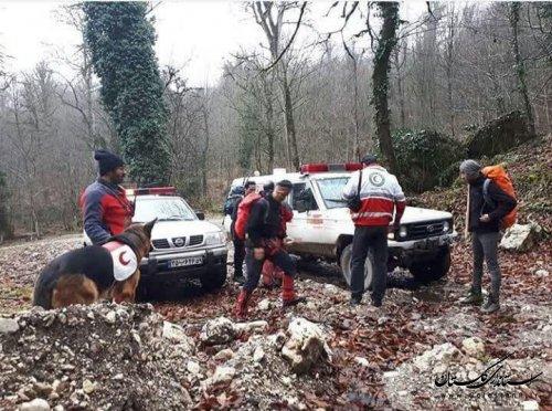 نيروهاي عملياتي علي آباد کتول موفق شدند 2 گمشده در آبشار «اوترنه» محمد آباد کتول را پيدا کنند