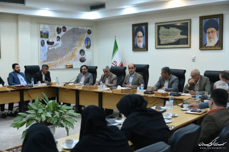 رسانه ها موضوعات استان را پر رنگ و نقد منصفانه کنند