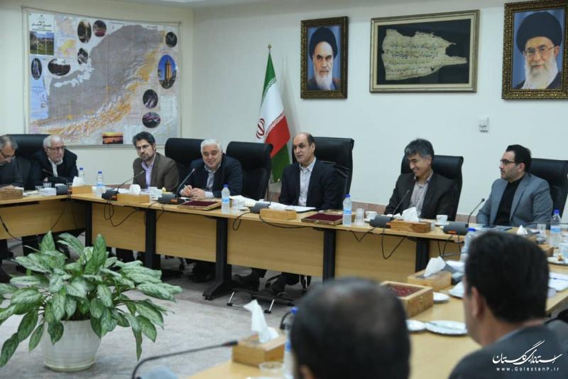 رفع مشکلات کارگری معادن از اولویت های استان است