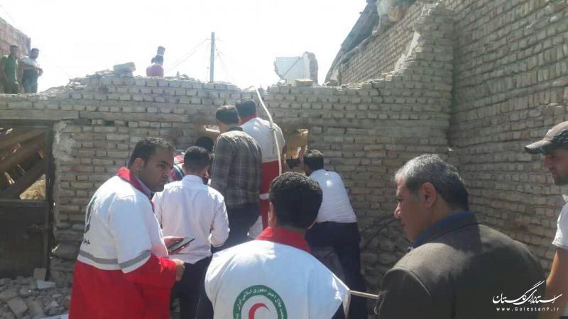 مصدومیت 3 کارگر بر اثر ریزش آوار یک ساختمان در بندرگز