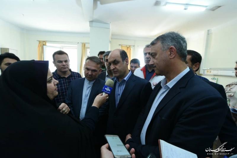 عیادت استاندار گلستان از مصدومان بستری در بیمارستان های گنبدکاووس