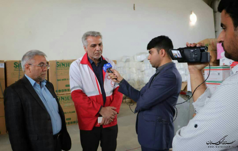 اهدای 101 دستگاه اجاق گاز  از سوی انجمن داروسازان گلستان به سیلزدگان