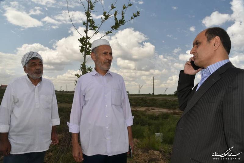 بازدید استاندار گلستان از طرح درختکاری توسط خیّر درختکار در روستای قورچای