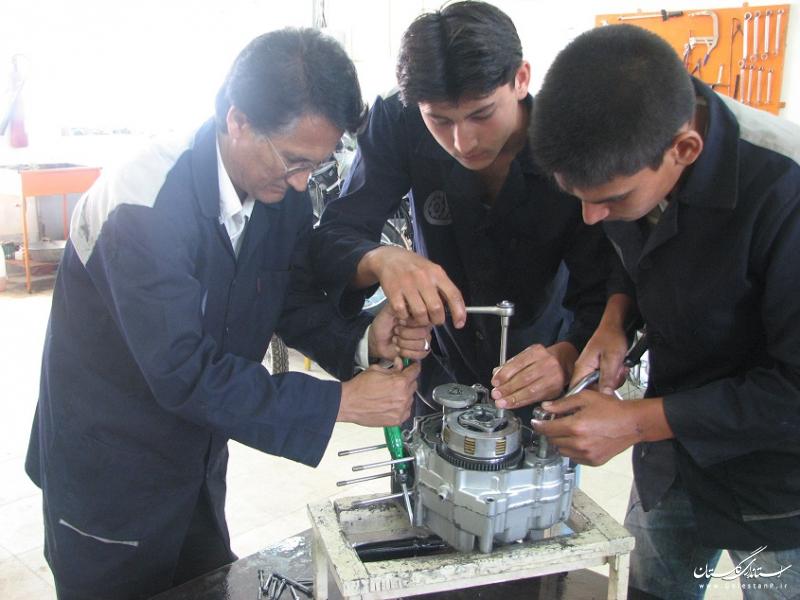 دستگاه های اجرایی در گسترش و توسعه آموزش های مهارتی استان مشارکت داشتند