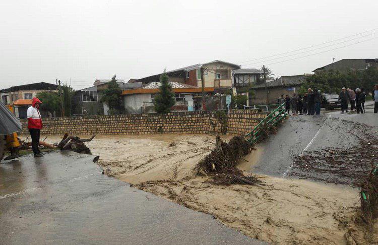 سیل و طغیان رودخانه دلیل شکستگی و کاهش فشار آب شهر نوکنده/ مردم صرفه جویی کنند