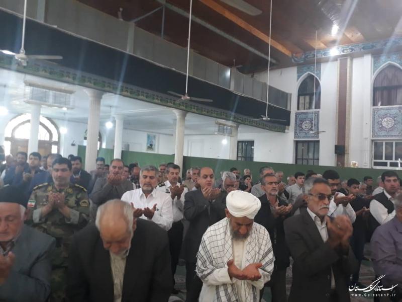 حضور گلستان در نماز جمعه شهرستان ترکمن