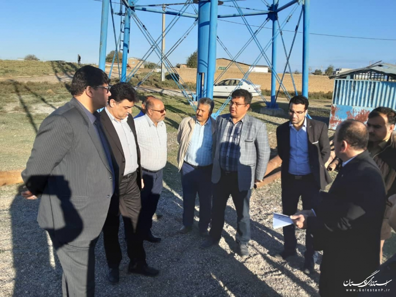 بازدید فرماندار شهرستان آق قلا از روند عملیات لایروبی چاه آب شرب روستای آق دکش