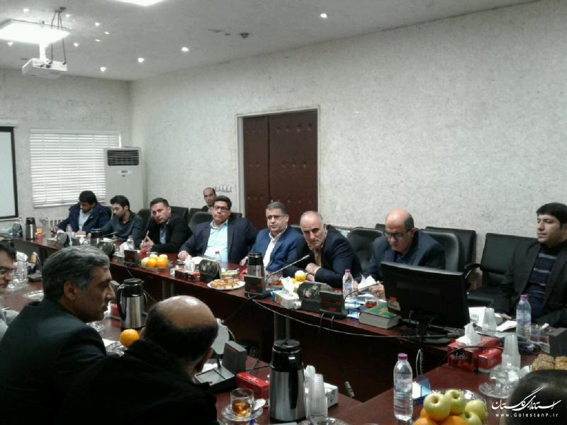 با اجرای  پروژه های حوزه راه و شهرسازی توسعه و رضایتمندی مردم استان را دنبال می کنیم