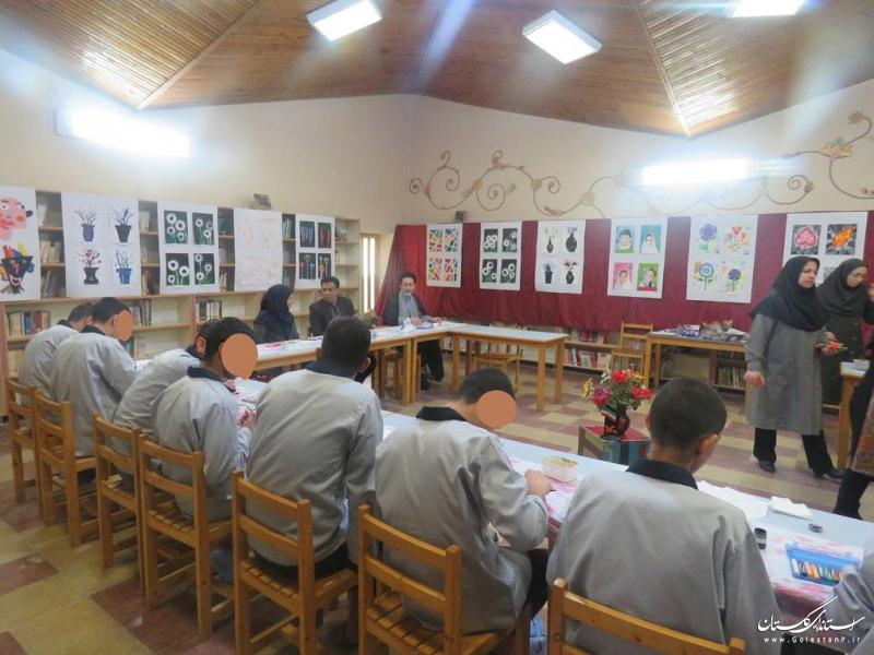حضور مددجویان نوجوان کانون اصلاح و تربیت در کانون پرورش فکری گرگان