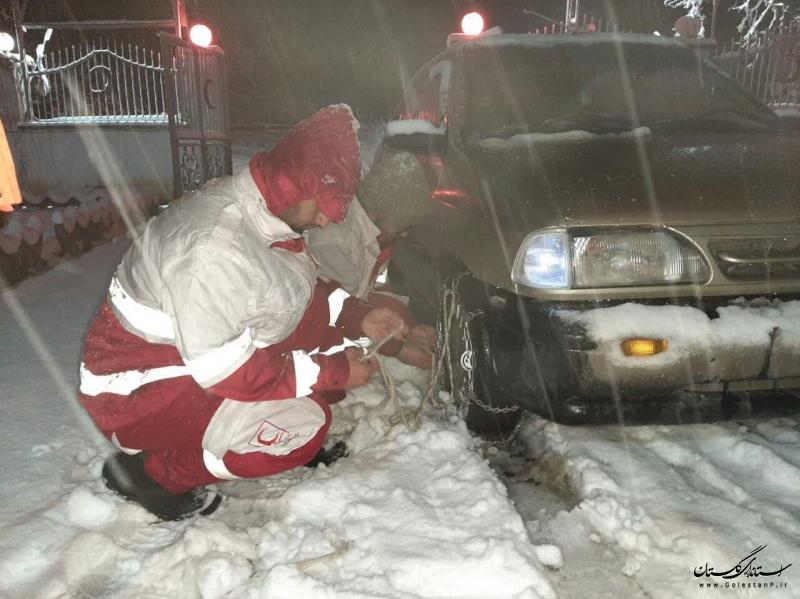 امدادرسانی به ۱۶۶۷ نفر گرفتار در برف و کولاک گلستان
