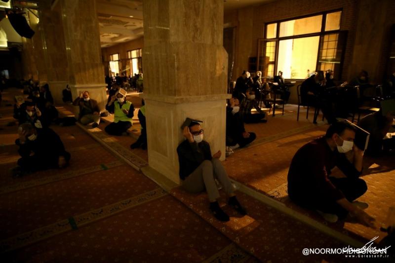 حضور استاندار گلستان در مراسم شب احیای بیست و سوم با رعایت پروتکل های بهداشتی