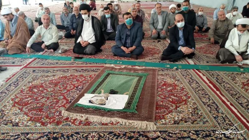 حضور  استاندار گلستان در فریضه عبادی سیاسی نماز جمعه شهرستان کردکوی