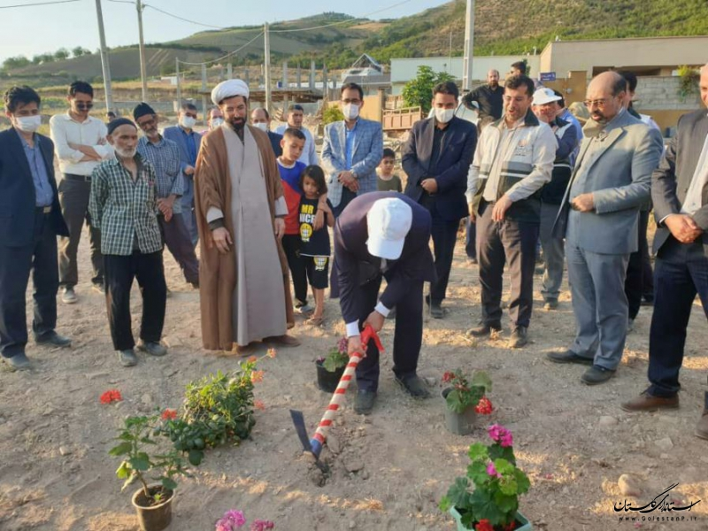 کلنگ زنی مسجد و شروع عملیات آسفالت روستای جدید جنگلده پایین سد نرماب