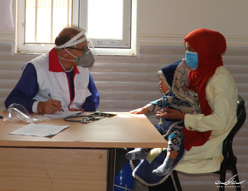 پزشک داوطلب هلال احمر گلستان حامی نیازمندان در ساخت مسکن شد