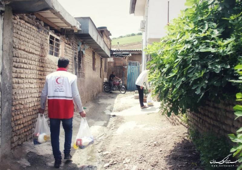 بهره مندی بیش از ۱۰۰ نفر از خدمات کاروان سلامت هلال احمر در کوی عرفان گرگان