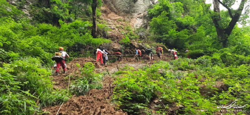 نجات ۵ گردشگر از آبشار شیرآباد منطقه خان ببین