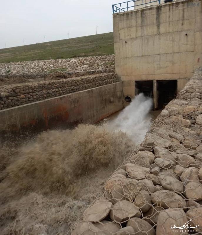 آب سد بوستان به منظور تامین نیاز کشاورزان شبکه گلستان رهاسازی می شود