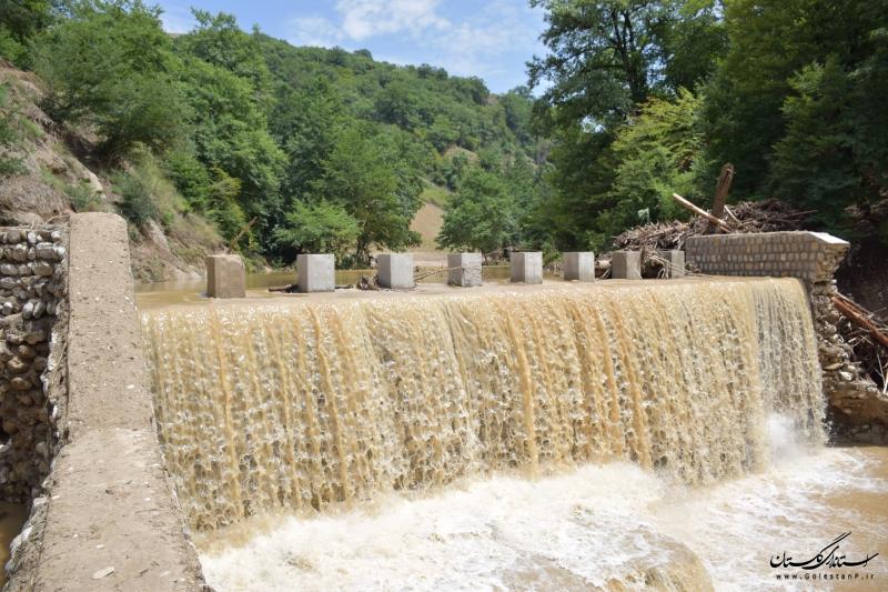 سیلاب سه میلیون مترمکعب آب در بندهای خاکی گنبد و کلاله ذخیره کرد
