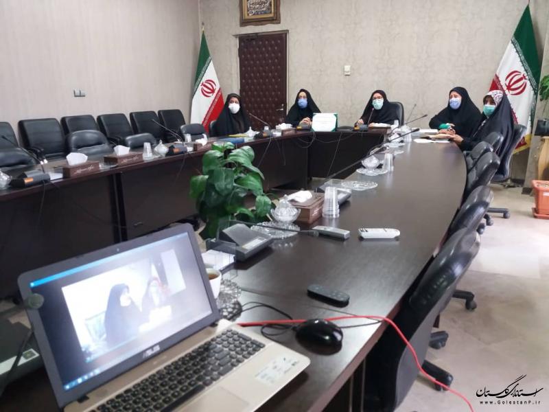 بانوان عضو شوراهای اسلامی شهر نقش فعال در پیگیری مطالبات حوزه زنان و خانواده داشته باشند