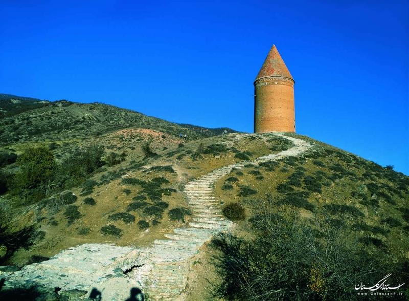 آغاز مرمت برج رادکان کردکوی از ابتدای تابستان سال جاری/ مرمت این اثر تاریخی تا احیا بخشهای آسیبدیده تداوم خواهد داشت